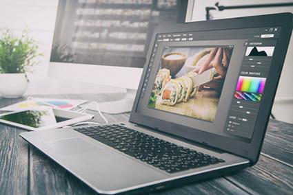 photo editing laptop screen