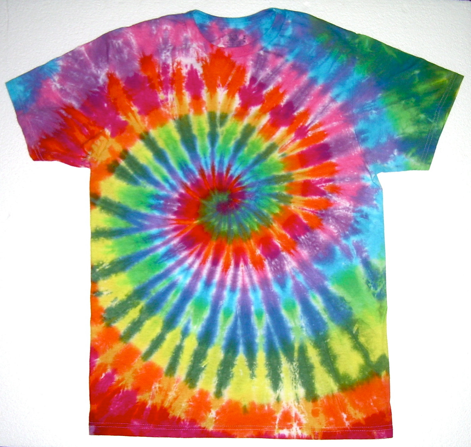 how to tie dye a t shirt the adair group resources. Black Bedroom Furniture Sets. Home Design Ideas