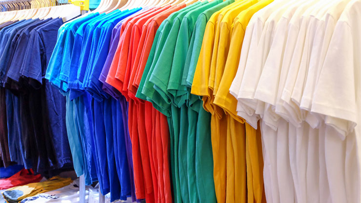 racks of plain color t shirts